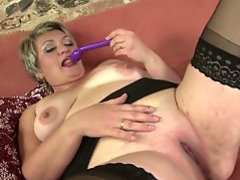 Sweet real mature mother stuffs her thirsty pussy