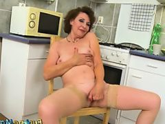 EuropeMaturE Granny Dana Beranova Solo Playing