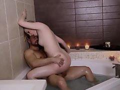 DaringSex.com Love making in a bathtub