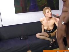 Elderly nylons babe gets creampie