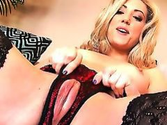 Charming Sarah Peachez is wearing her just right inexperienced stockings and is showing her glamorous juicy
